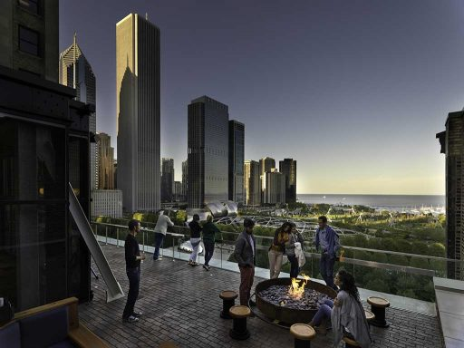 The 15 Best Rooftop Bars in Chicago