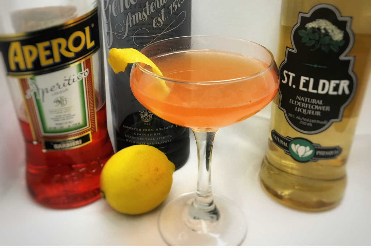 Shaddock Cocktail, Trina's Starlite Lounge