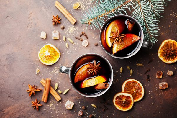 16 Festive Cocktails to Drink During the Holidays