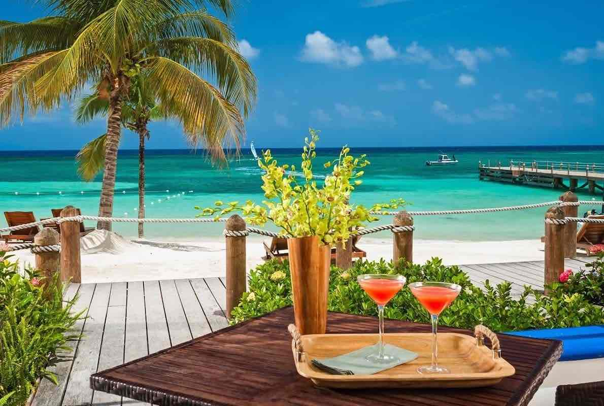 cocktails at the beach